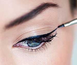Как научиться рисовать стрелки на глазах